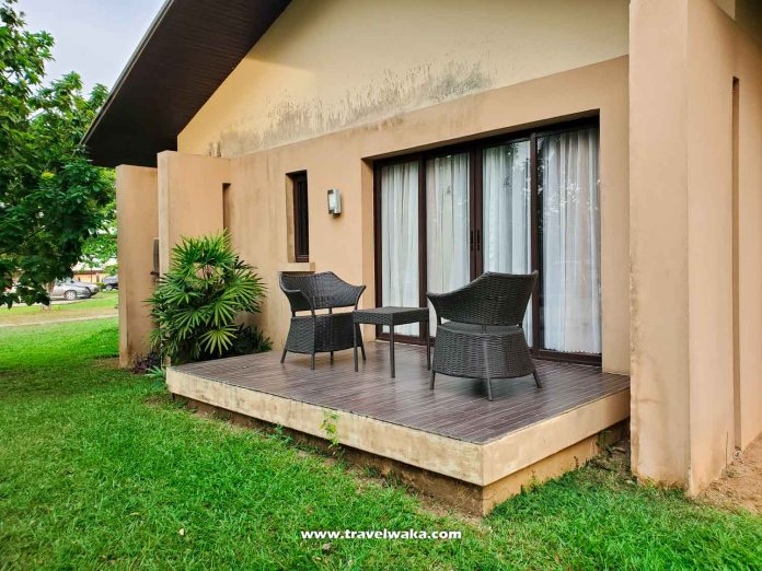 patio at epe hotel